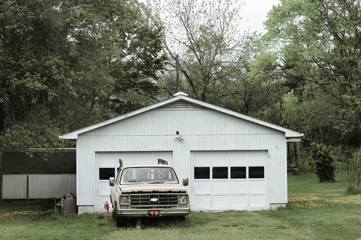 White detached garage