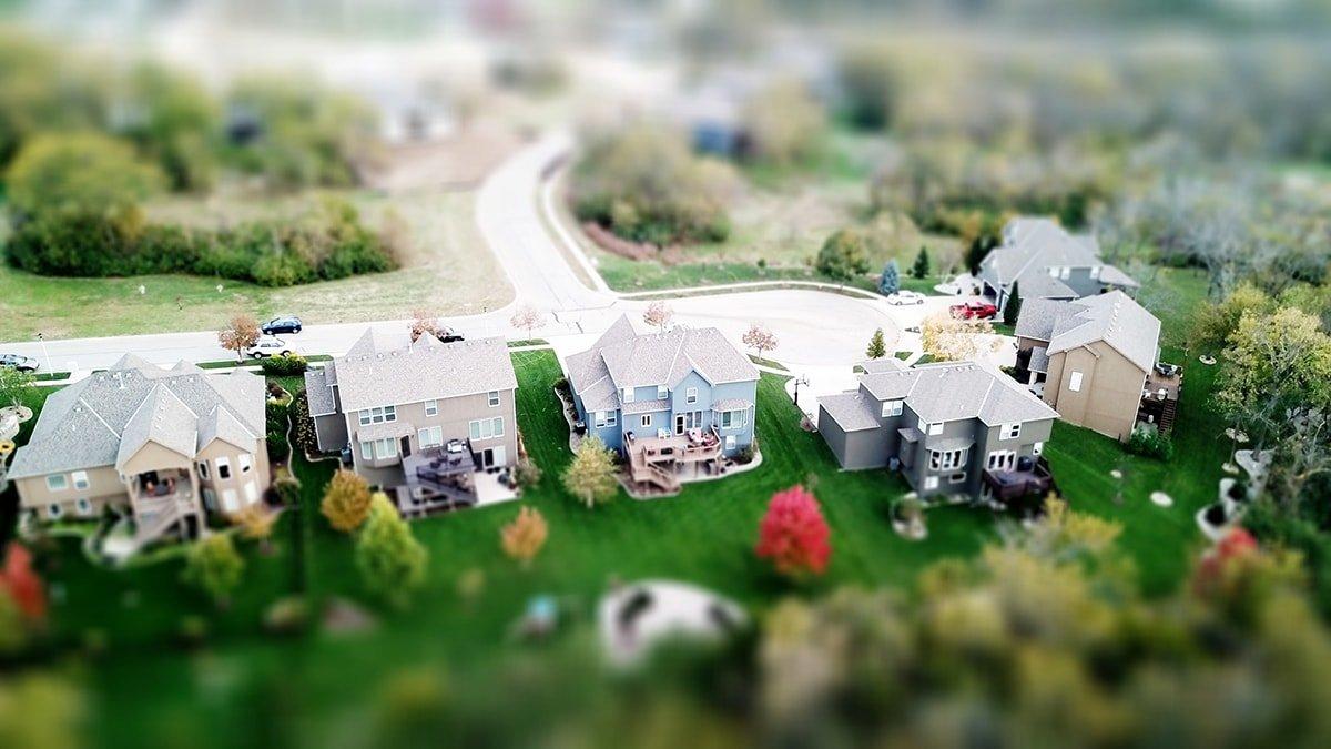 Nieghbourhood with houses