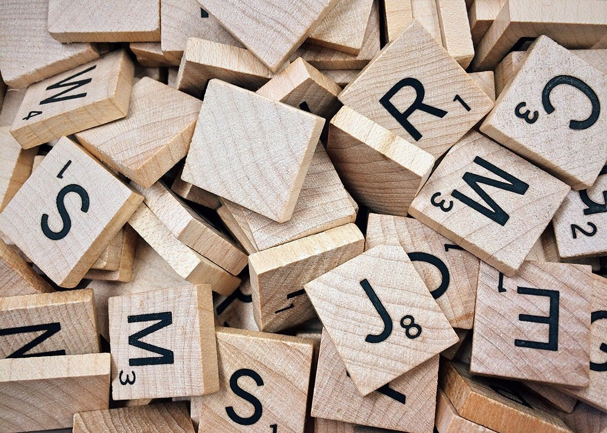 Scrabble tiles for spelling keywords
